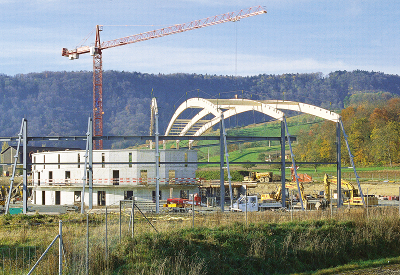 End of the 1990s:<br />The Swiss Light Source taking shape.