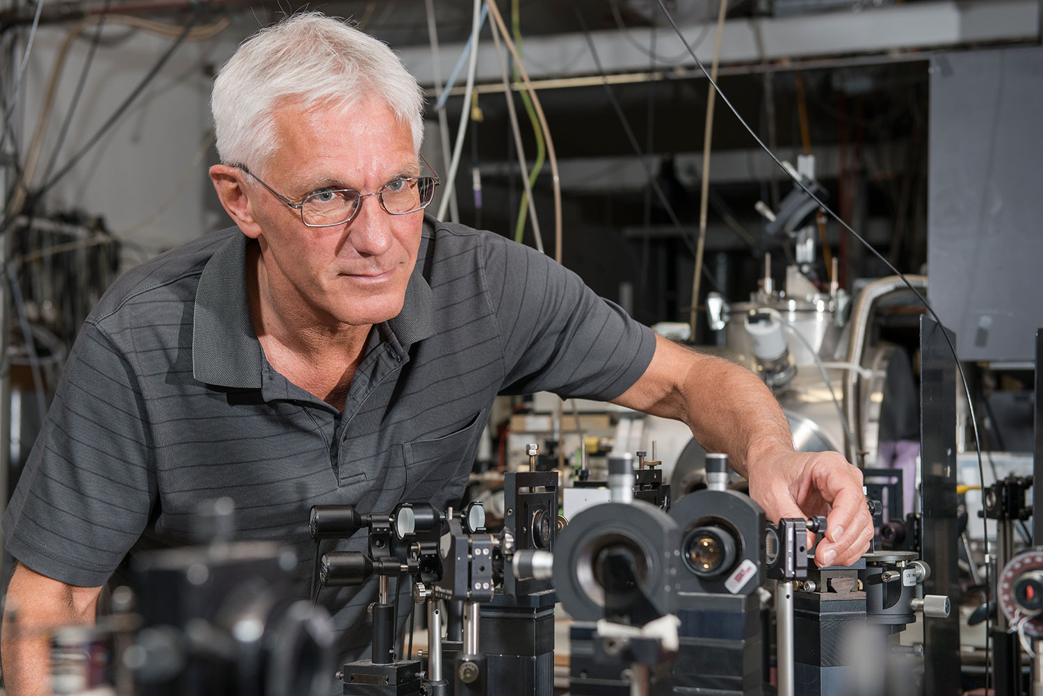The scientist Peter Radi at the Laboratory of Combustion Research led the search for the dark state of C<sub>2</sub>. Photo: Paul Scherrer Institute/Mahir Dzambegovic.