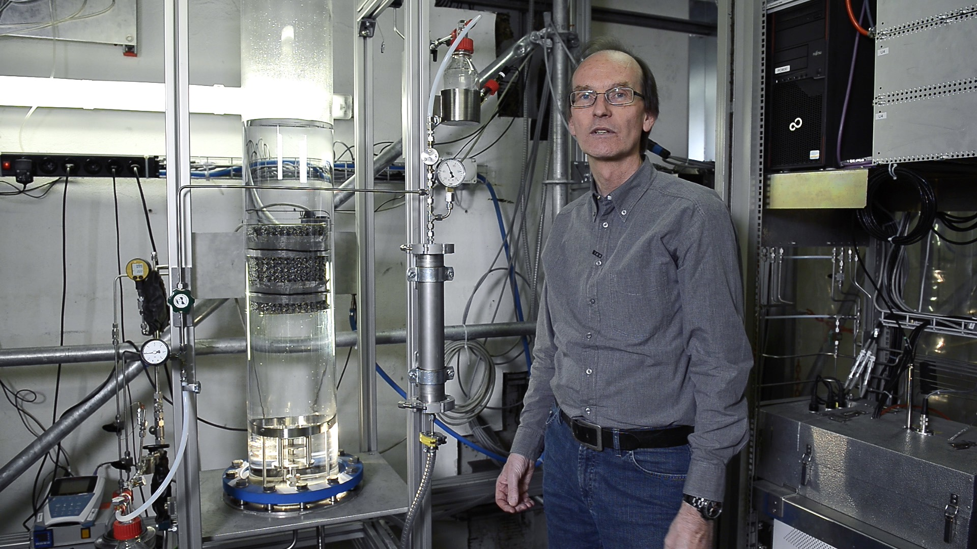 PSI scientist Detlef Suckow. Photo: Paul Scherrer Institute/Markus Fischer.