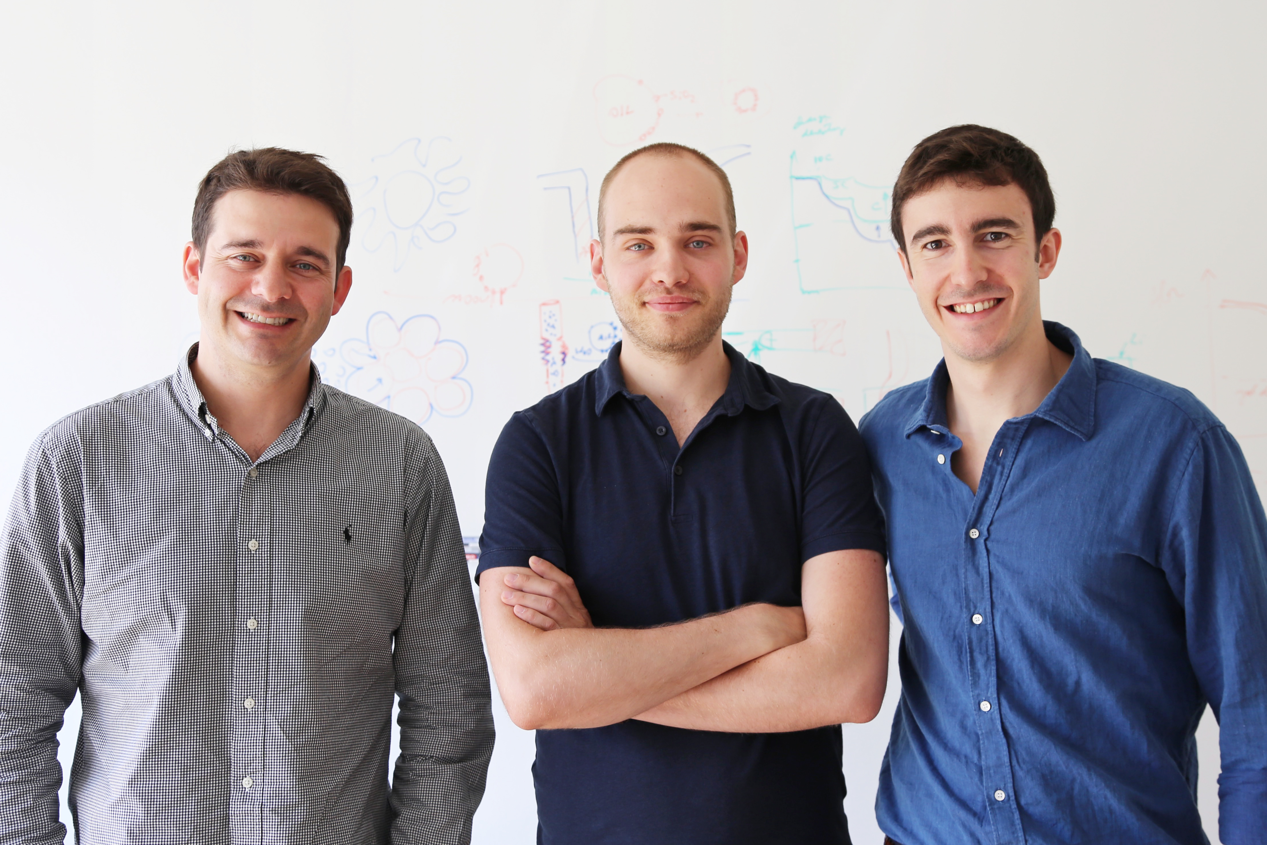 The envolved scientists from ETH Zurich, left to right: André Studart, co-first author Florian Bouville, and Tommaso Magrini. (Photo: ETZ Zurich)