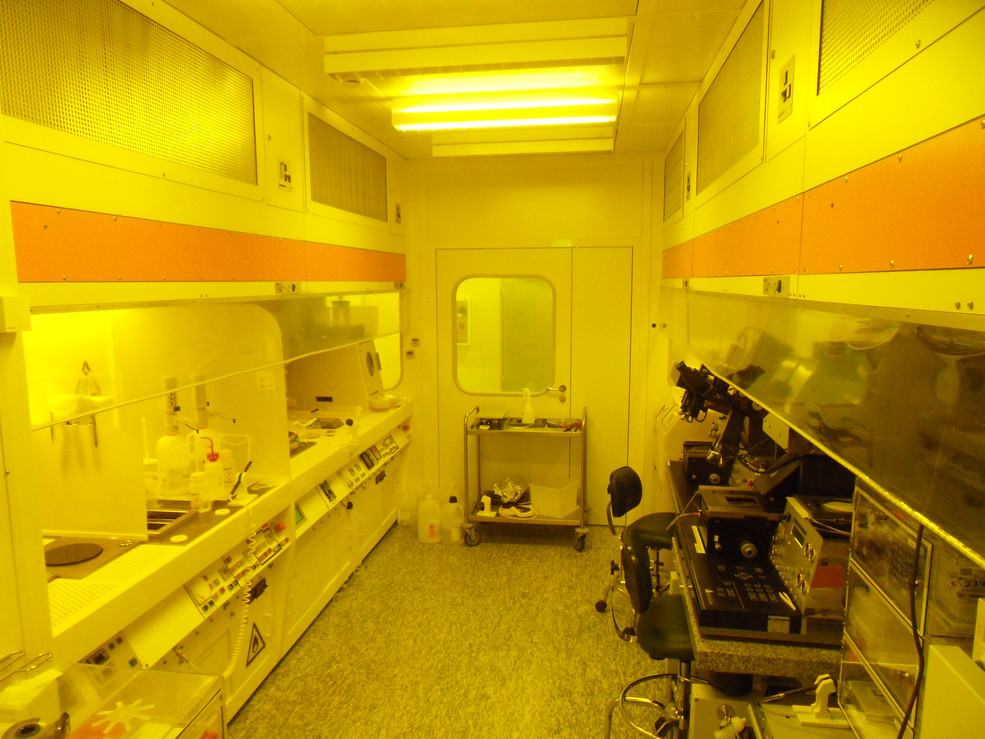 LMN Cleanroom Photolithography Area
