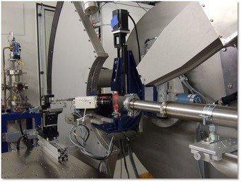 The miniaturized tensile machine mounted at the powder diffraction station of the Materials Science beam line (SLS)
